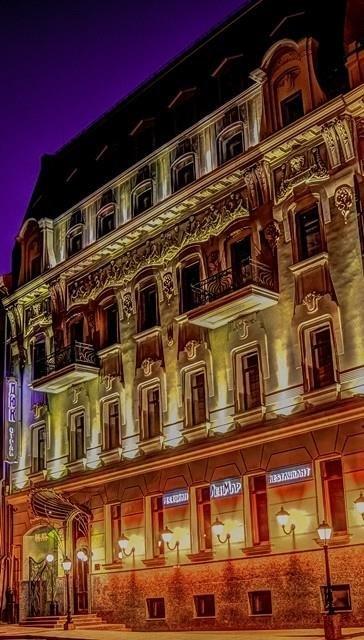 Duke Hotel