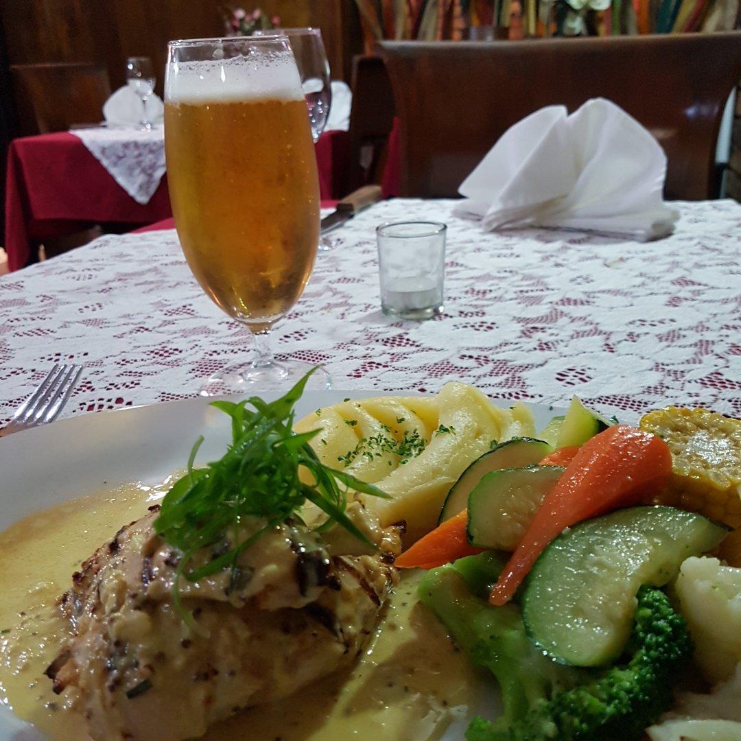 Overlander Homestead Restaurant | 44676 Warrego Highway, Roma Queensland 4455 | 06146223555