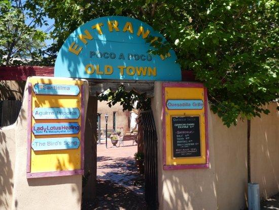 Old Town Poco a Poco Plaza