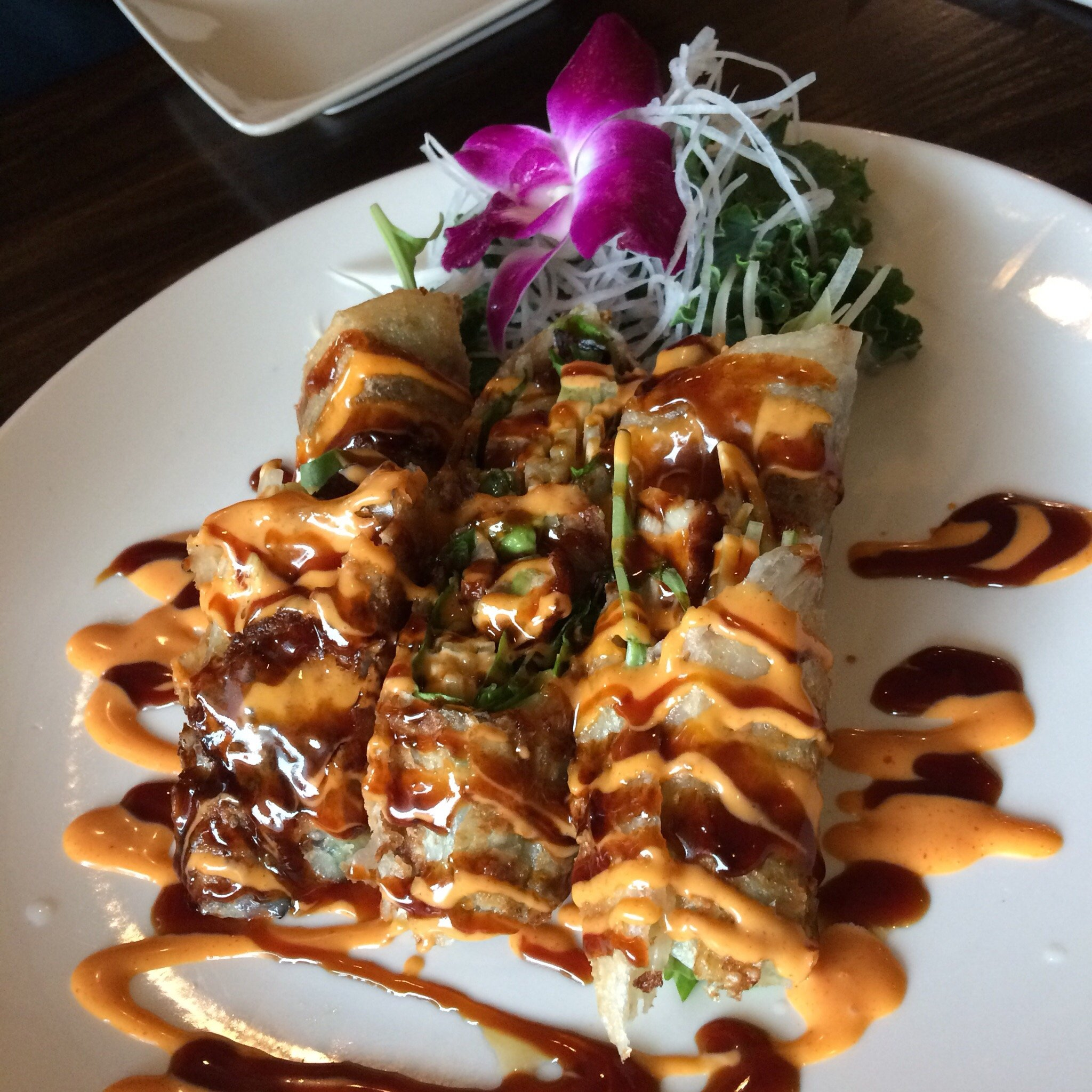 New York, United States Food Guide: 4 Sushi food Must-Eat Restaurants & Street Food Stalls in Farmingville