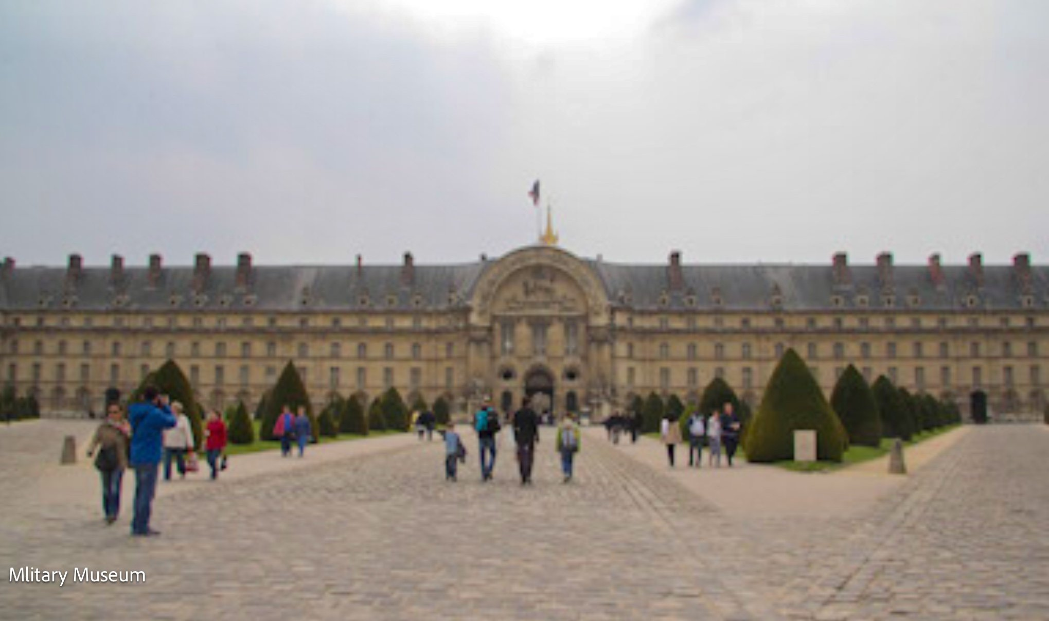 Les Invalides includes museum on military history, hospital/retirement home military veterans
