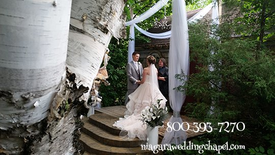 Niagara Falls Elope and Small Wedding Ceremony Chapel