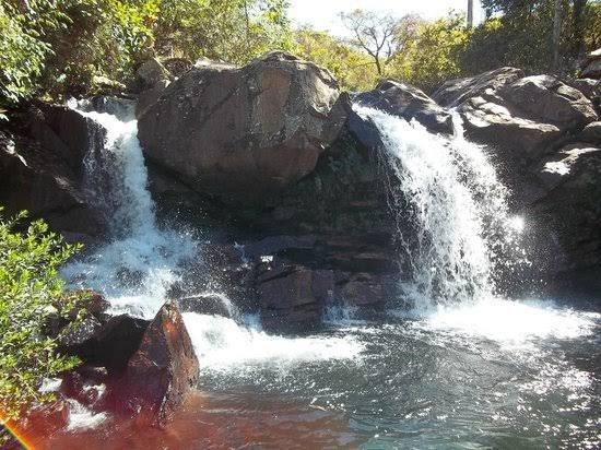 Saia Velha waterfall