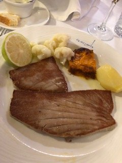 Tuna steak, delicious
