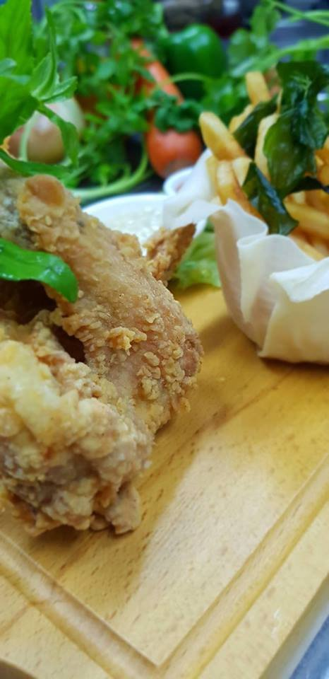 Chicken food at Lotus House Restautant
