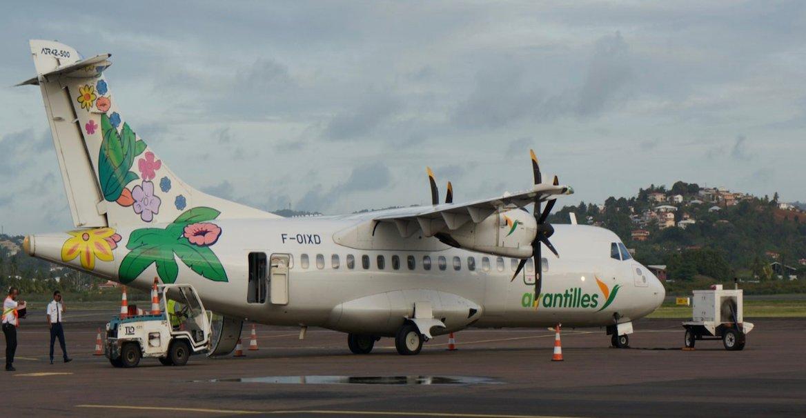 plane photo 3S