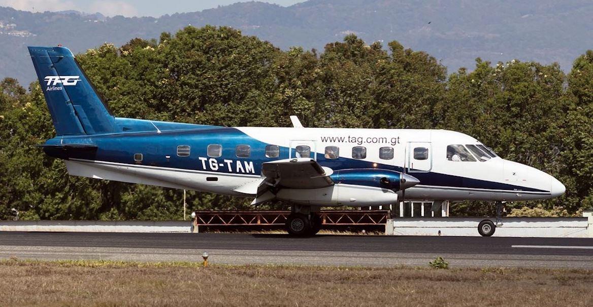 plane photo 5U