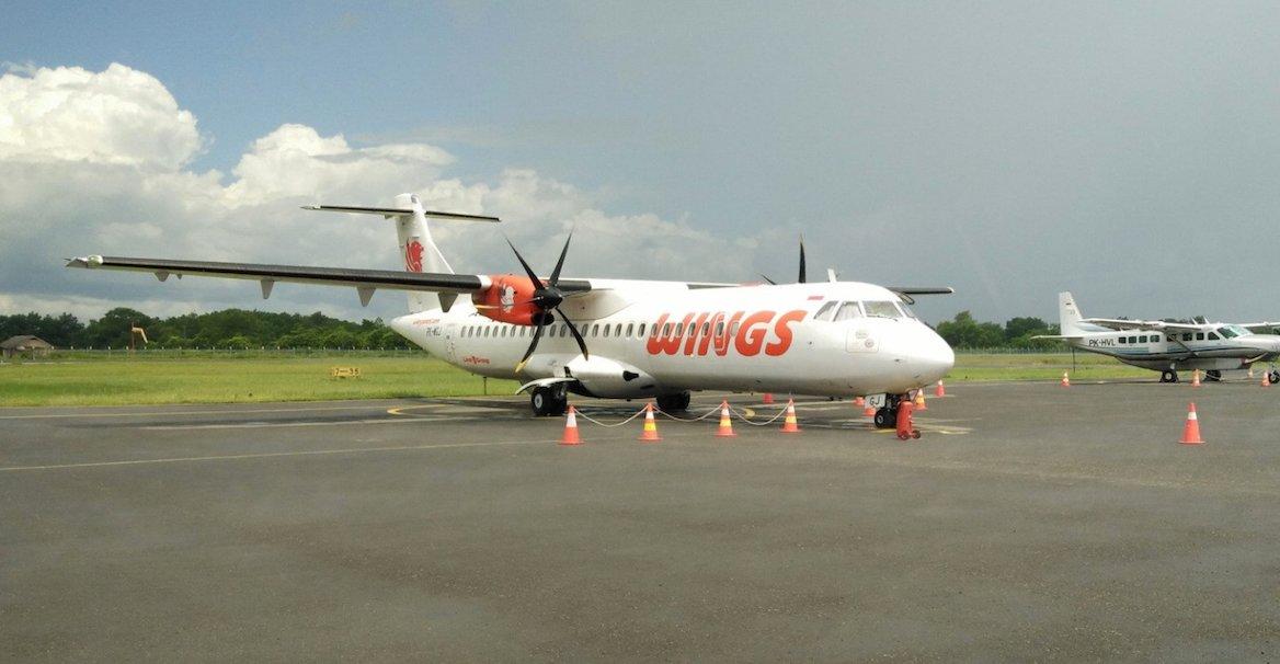 plane photo IW