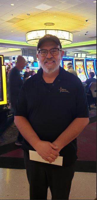 Club Serrano member Leonardo won Kings tickets from San Manuel Casino on March 1, 2019!