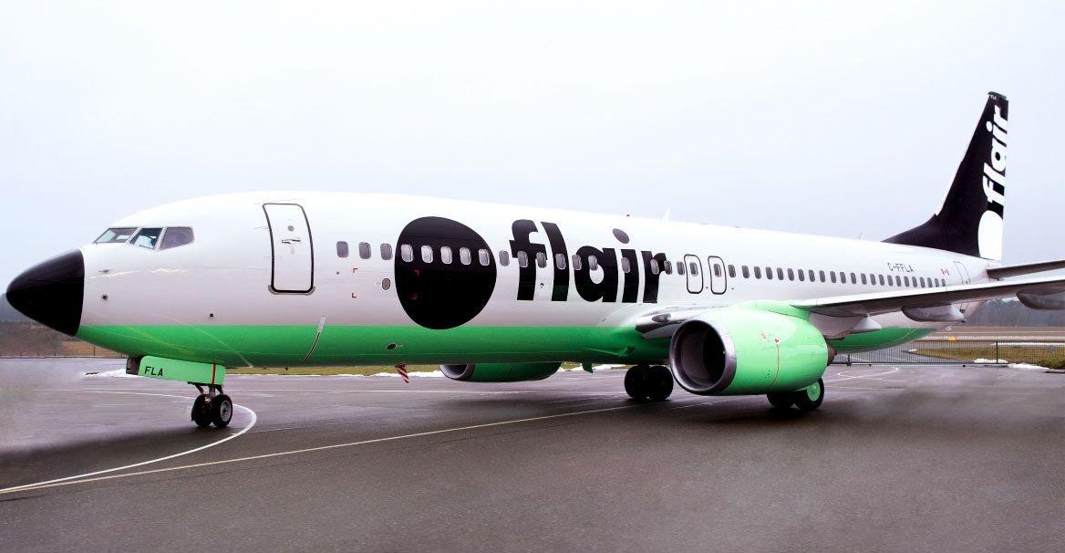 plane photo F8
