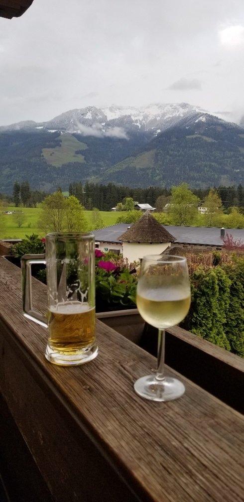 Charming mountain view resort