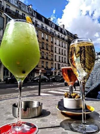 Un petit verre en terrasse...