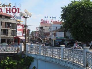 Me Xung Thien Huong
