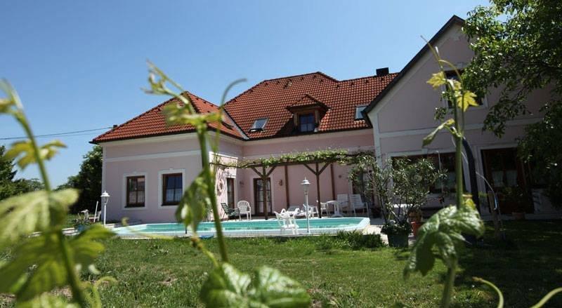 Gaestehaus Zoehrer