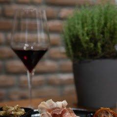 Il vino si fa con l'uva - Wine Boutique