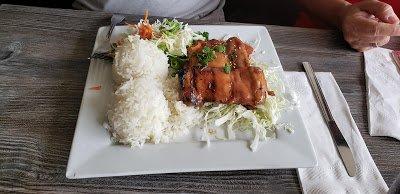 Chicken, Rice & Salad Dinner