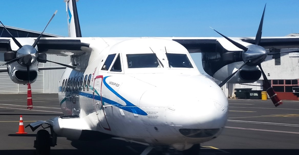 plane photo LC