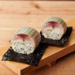 〆鯖のバッテラ鮨