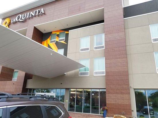 La Quinta Inn & Suites by Wyndham Waco Baylor Downtown