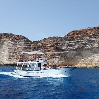 Santuzza Gite in Barca a LampedusaSantuzza Gite in Barca a Lampedusa