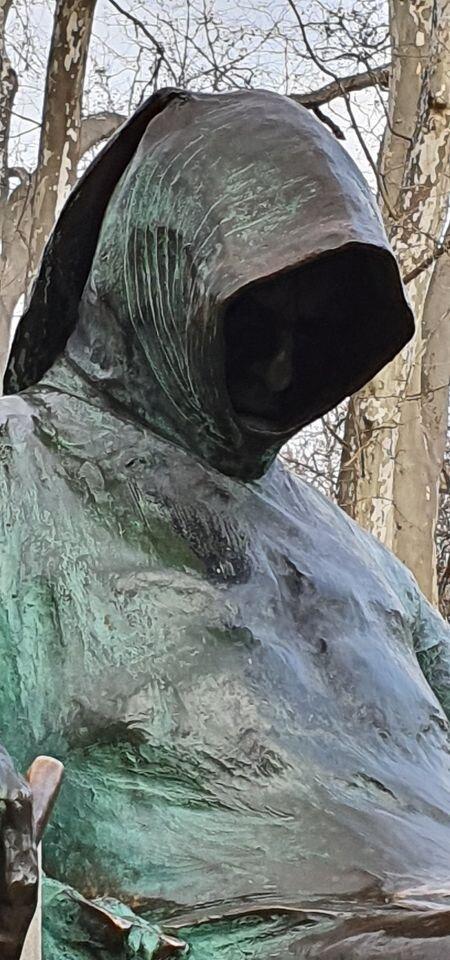 The statue.