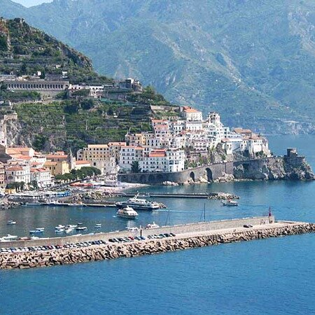 AMALFI COAST WITH LOCALS