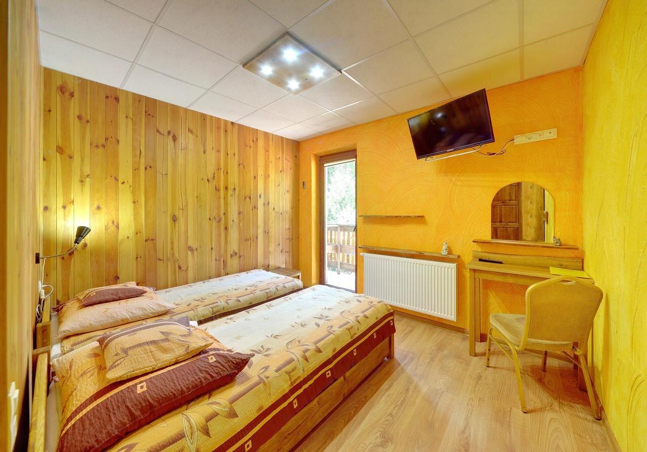 Pokój w obiekcie z balkonem