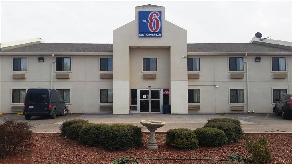Motel 6 Elk City, OK