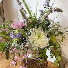 Petals and Moss Floral Design
