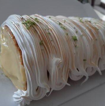 Brazo Gitano (a.k.a. Brazo de Reina, Swiss Roll, Spanish Cake Roll): Lemon