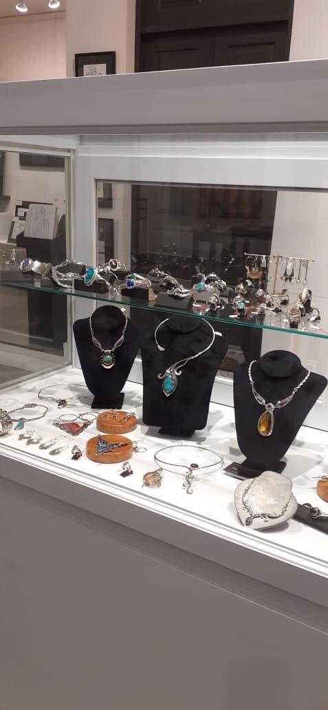 Beautiful handmade jewelry by gallery artist Wolf Lichter