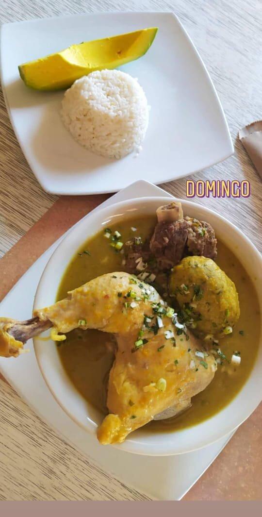 Tipico Sancocho con Chorotas.
