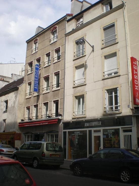 Auberge internationale des jeunes paris france updated 2016 hostel revie - Paris auberge de jeunesse ...