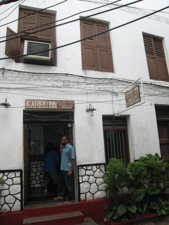 Karibu Inn