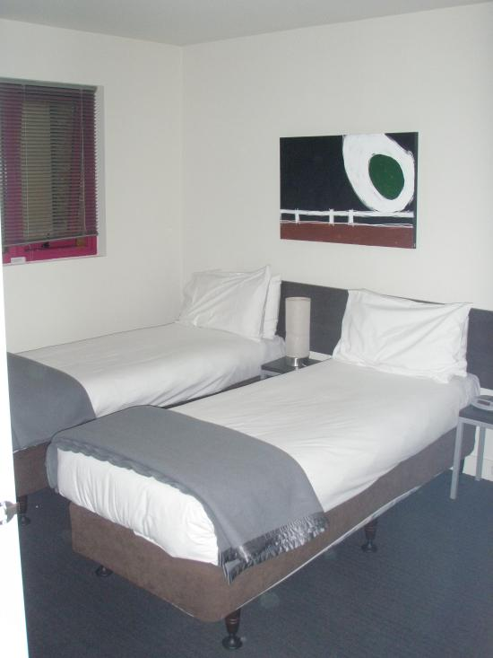 Plum Carlton Serviced Apartments Melbourne