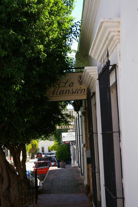 Hotel La Mansión