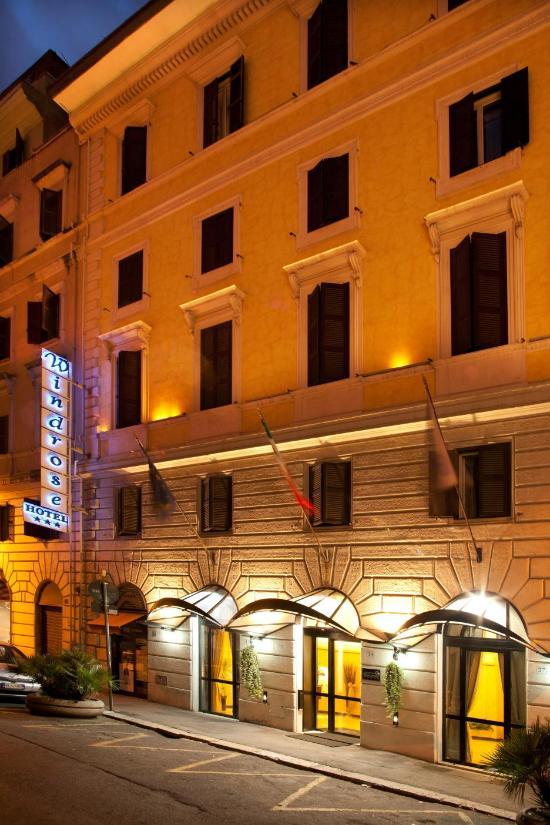 風玫瑰酒店