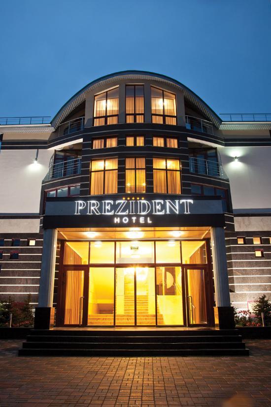 Hotel Complex Prezident