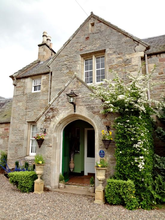 Hundalee House Bed and Breakfast