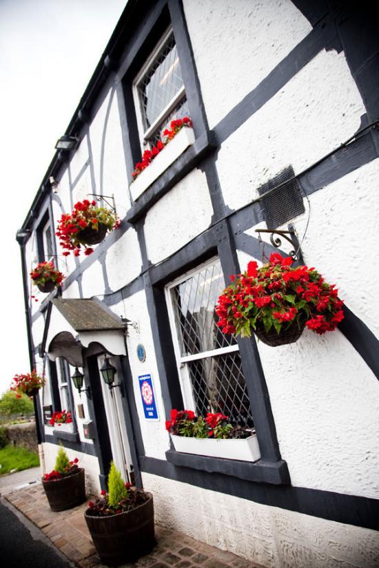 Ye Horns Inn