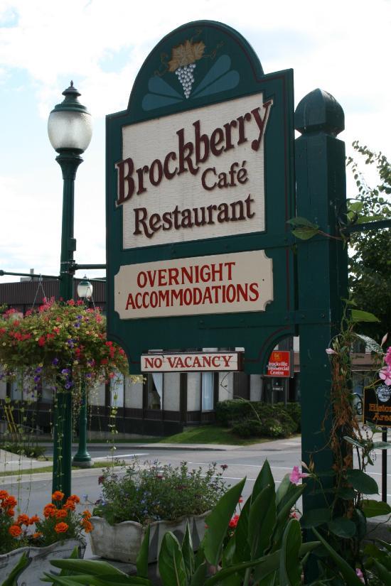 Brockville Hotels Near