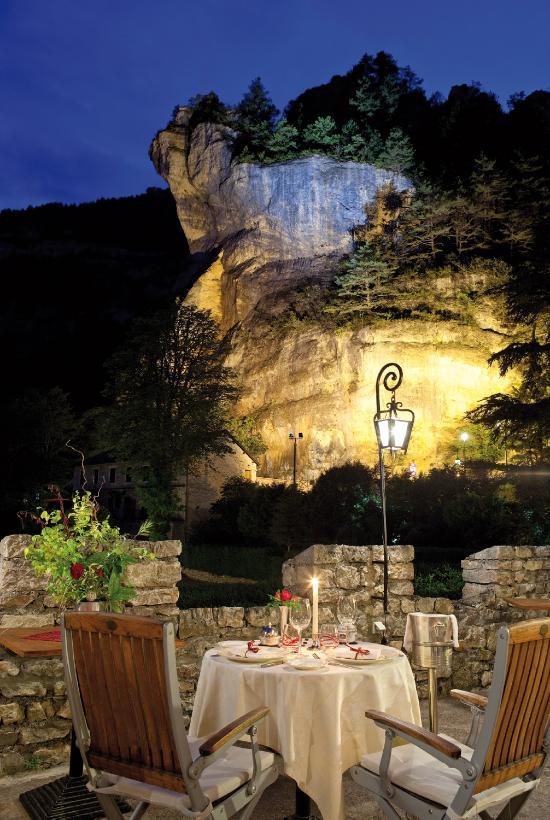 卡茲城堡酒店