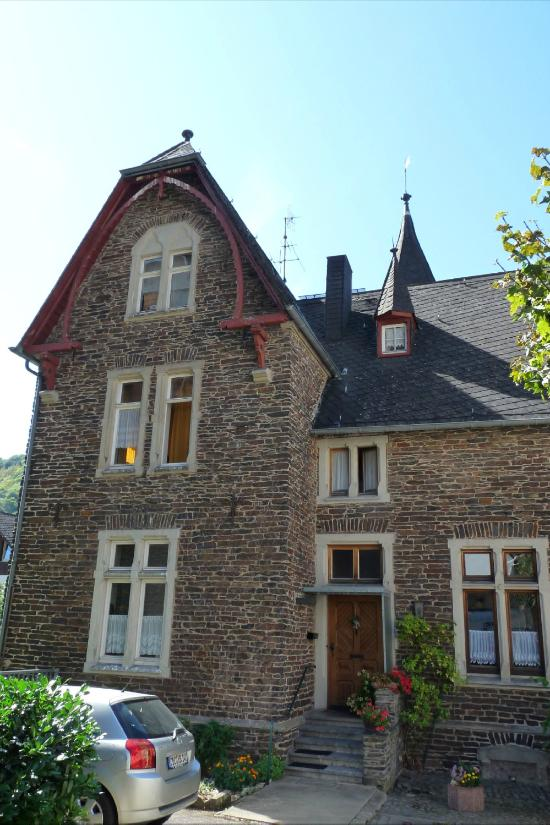 Gaestehaus Falk