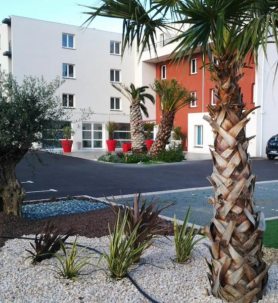 kyriad perpignan sud france hotel reviews tripadvisor. Black Bedroom Furniture Sets. Home Design Ideas