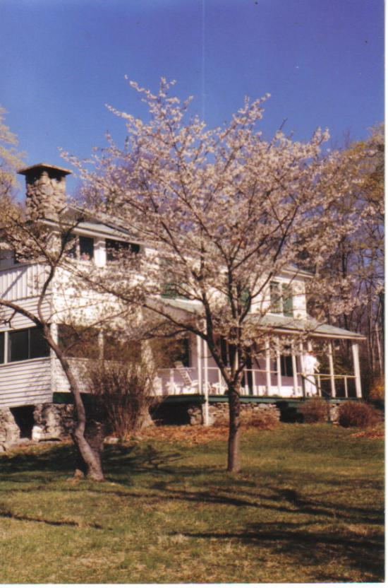 dingmans ferry Explore an array of dingmans ferry, pa vacation rentals, including houses, townhomes & more bookable online choose from more than 332 properties, ideal house rentals for families, groups and couples.