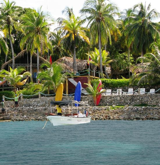 Isla Fuerte Ecolodge & Diving center