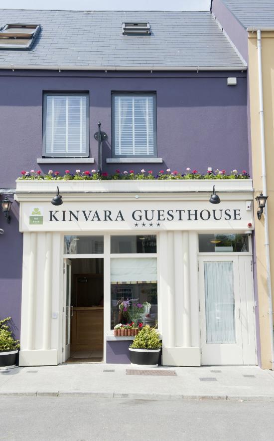 吉納瓦酒店