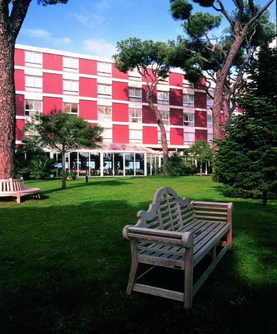 阿爾布斯坦飯店