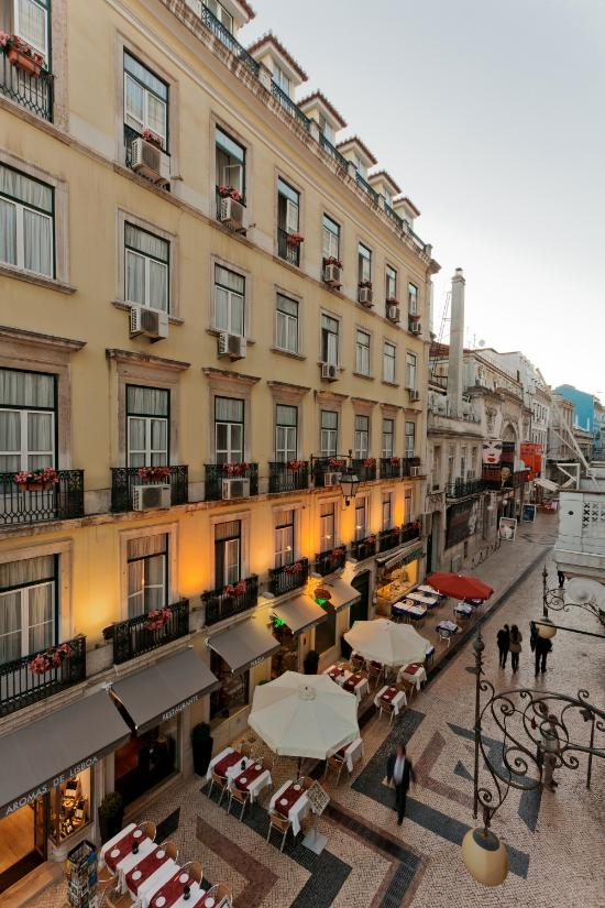 레지덴셜 플로레스센트 호텔