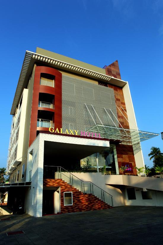 Galaxy Hotel - Paravoor